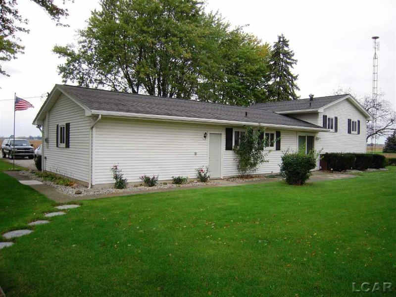5121 S Britton Hwy. Britton, MI 49229 by Foundation Realty, Llc-Tecumseh $189,900