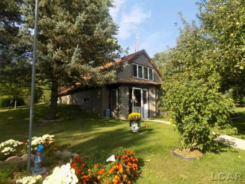12693 Hill Manitou Beach, MI 49253 by Xsell Realty $134,900