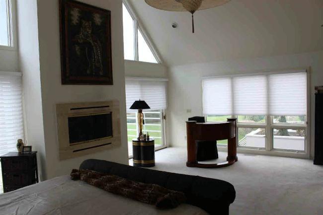 384 SANTURE Monroe, MI 48162 by Coldwell Banker Haynes R.e. $599,000