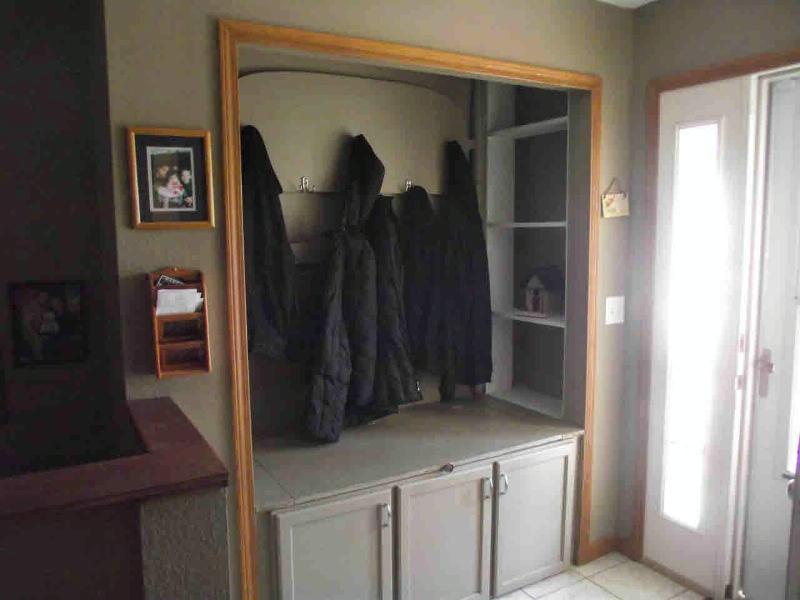 2524 SCHAFSTALL Lambertville, MI 48144 by Key Realty One $169,900