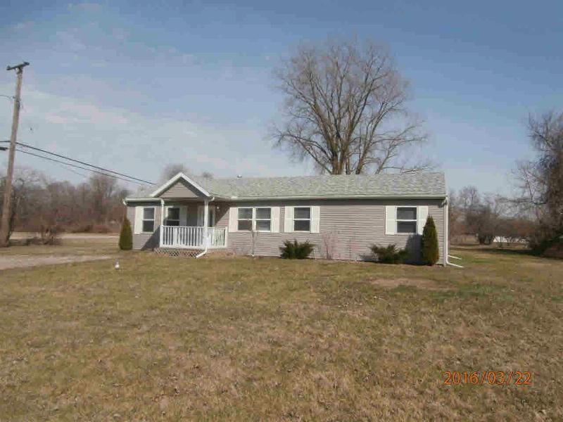 8578 CRABB ROAD Temperance, MI 48182 by Gerweck Real Estate $109,900