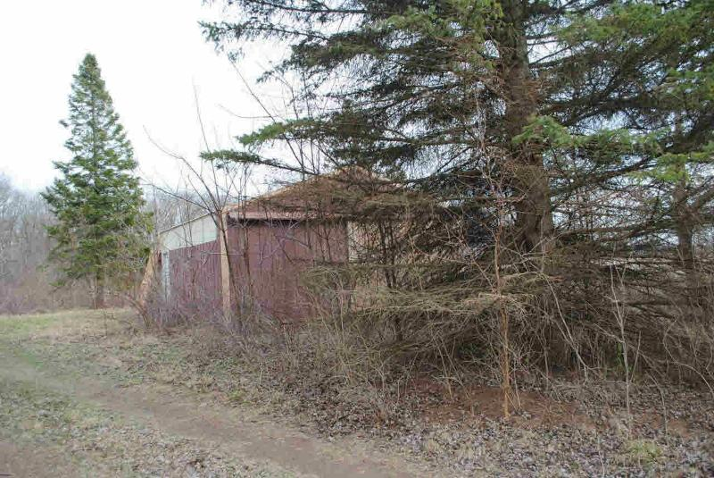 9640 ANN ARBOR Dundee, MI 48131 by Coldwell Banker Haynes R.e. $69,900