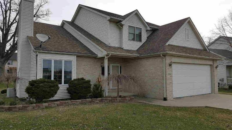 2960 E COUNTRY LANE Monroe, MI 48162 by Howard Hanna $239,900