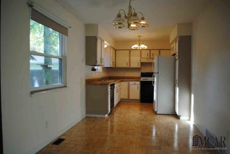 376 CRAMPTON Monroe, MI 48162 by Coldwell Banker Haynes R.e. $139,900