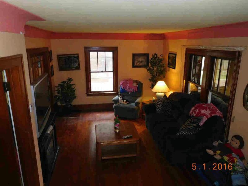 838 WATERLOO Monroe, MI 48161 by Gerweck Real Estate $99,900