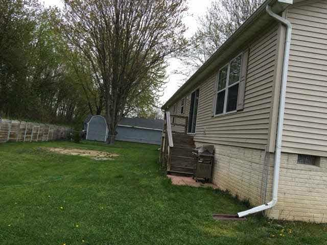 4307 AVE F Newport, MI 48166 by Gerweck Real Estate $175,000