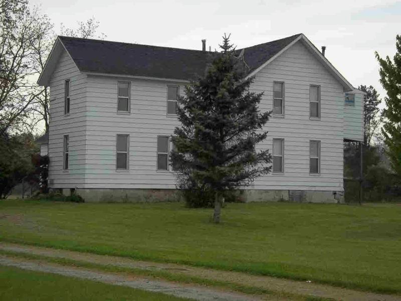 1895 BLAZER ROAD Monroe, MI 48162 by Real Estate 4u $149,900