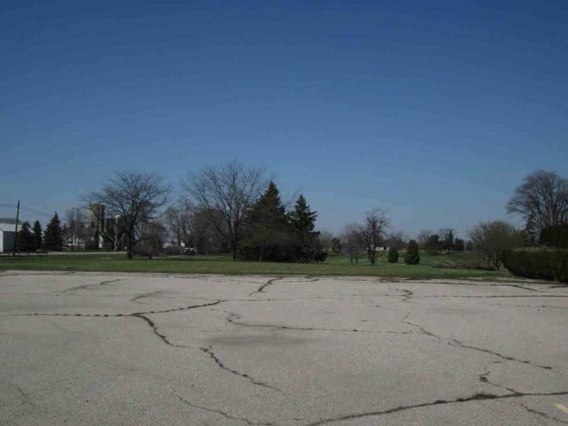 8440 MEMORIAL HIGHWAY Ottawa Lake, MI 49267 by Home Buyers Marketing Ii, Inc $299,900