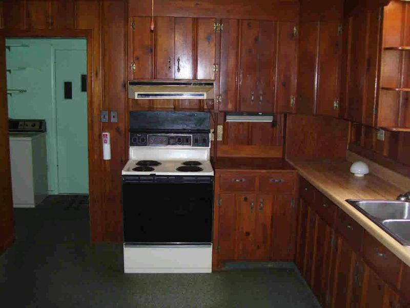 7022 DOUGLAS Lambertville, MI 48144 by Welles Bowen Gio Realty Inc. $89,900