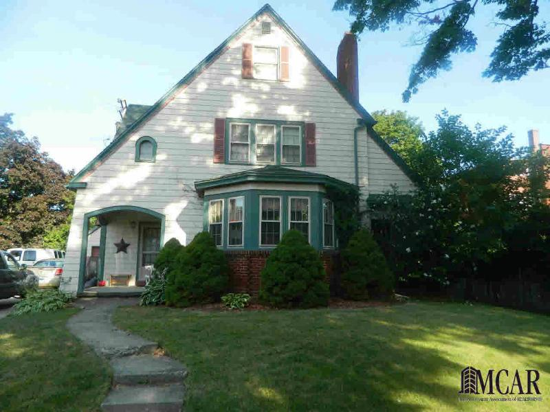 116 TREMONT Monroe, MI 48162 by Key Realty One $149,000