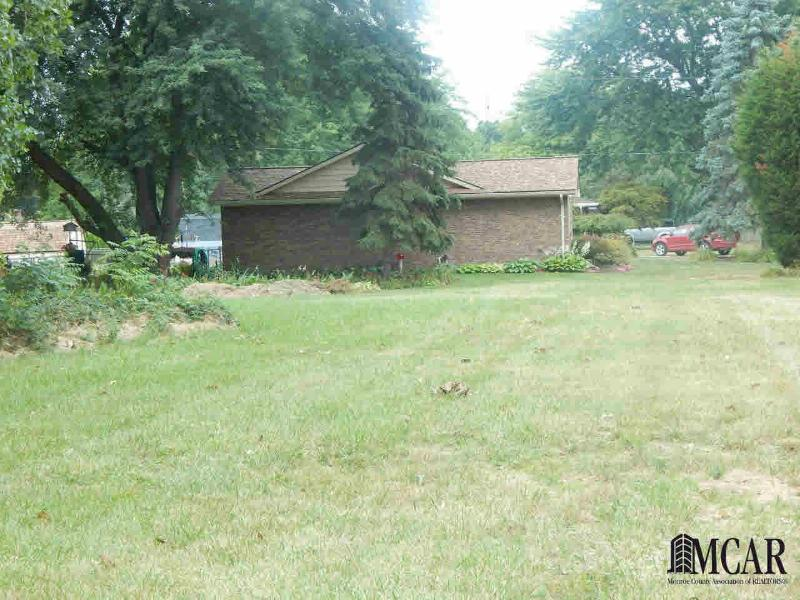 0 LEWIS AVE Temperance, MI 48182 by The Danberry Company $29,900