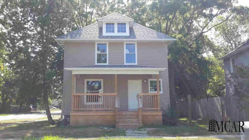 801 SMITH STREET Monroe, MI 48161 by The Danberry Company $105,000