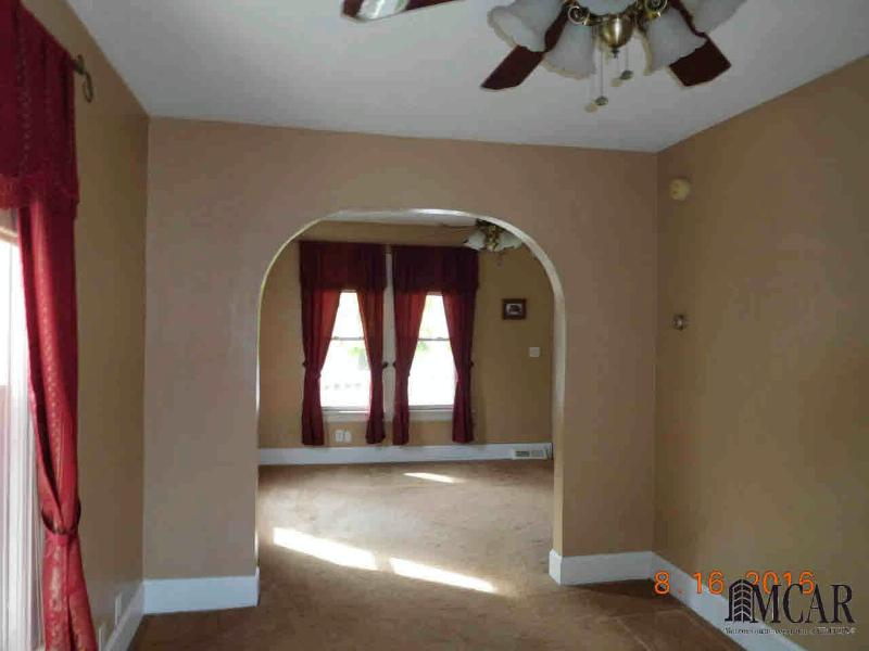731 S ROESSLER ST Monroe, MI 48161 by Gerweck Real Estate $119,900