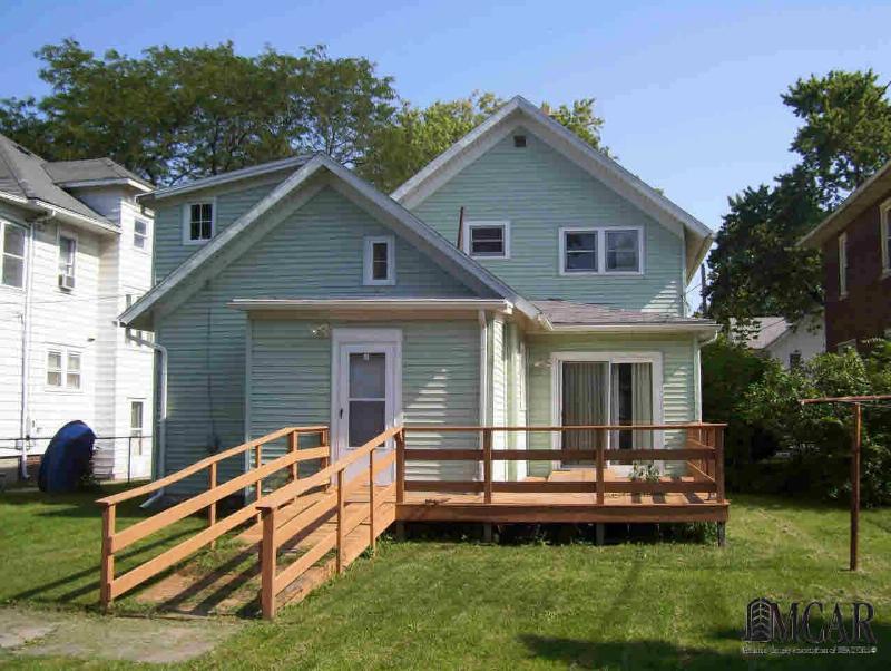 422 E 3RD ST Monroe, MI 48161 by Coldwell Banker Haynes R.e. $63,900