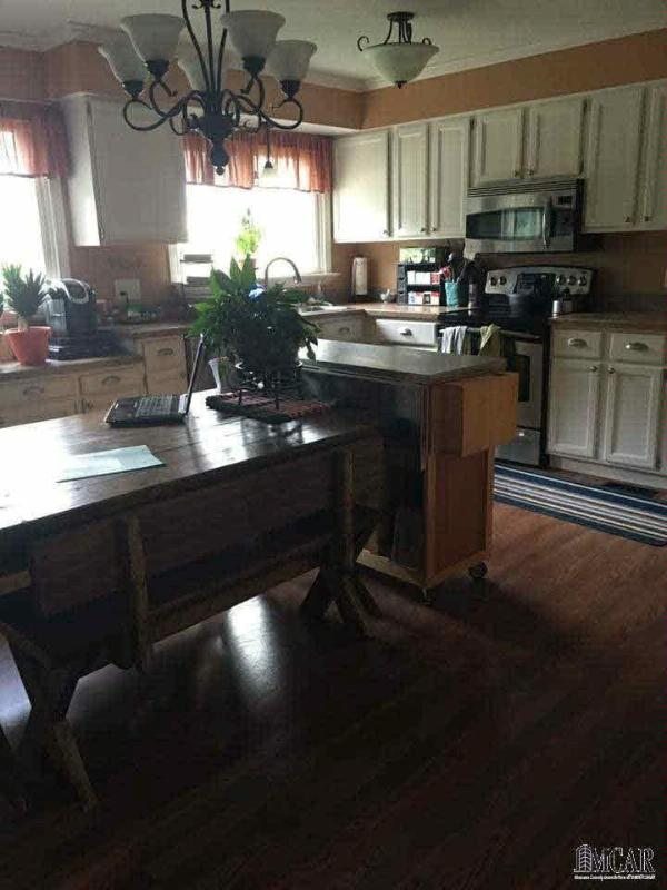 3299 KELLY RD Lasalle, MI 48145 by Coldwell Banker Haynes R.e. $204,000