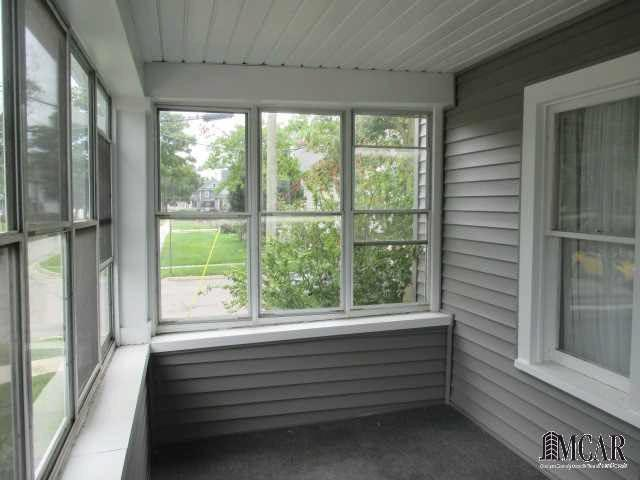 138 E SEVENTH ST Monroe, MI 48161 by Howard Hanna $99,900