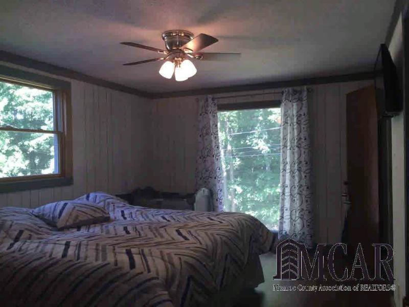 4884 PIEHL RD Ottawa Lake, MI 49267 by Preferred Associates $199,900
