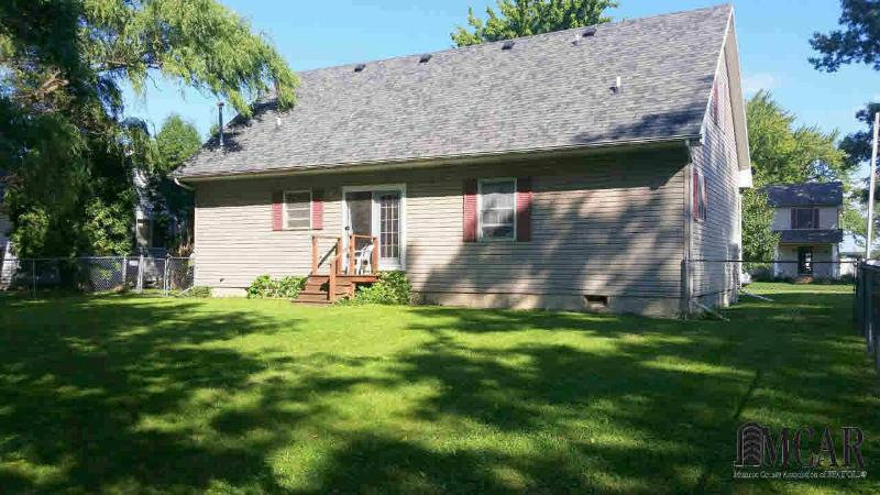 4525 GROVE ST Luna Pier, MI 48157 by The Danberry Company $115,000