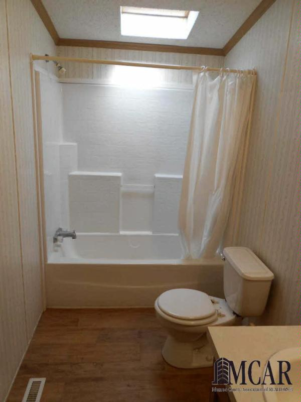 15852 LULU RD Petersburg, MI 49270 by Howard Hanna $159,900