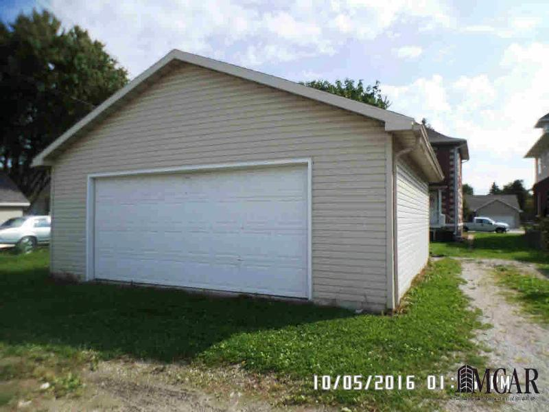 424 UNION ST Monroe, MI 48161 by Century 21 Allstar R.e. Team $74,900