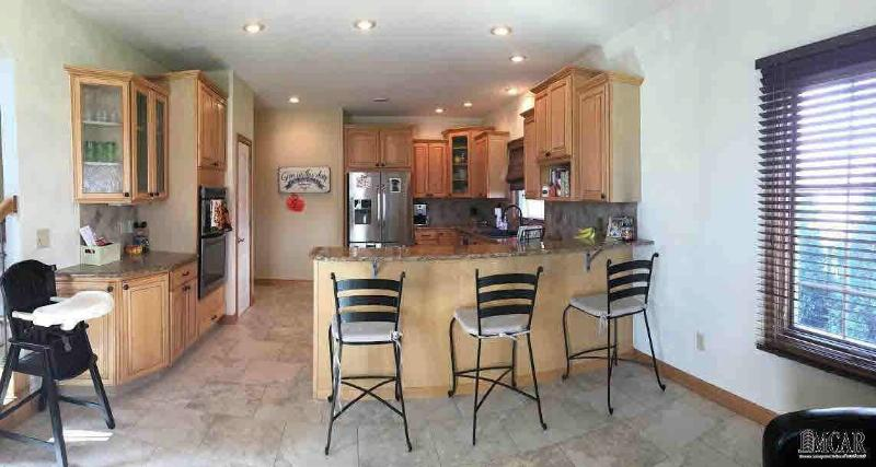 881 TURNBERRY CT Monroe, MI 48161 by Gerweck Real Estate $324,900