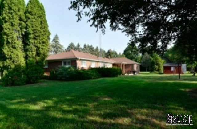 13240 CARLETON WEST Carleton, MI 48117 by Key Realty One Llc $215,900