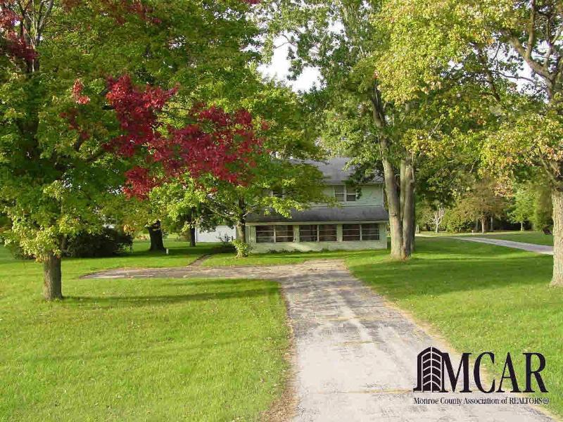 2656 W TEMPERANCE RD Temperance, MI 48182 by Key Realty One $94,900