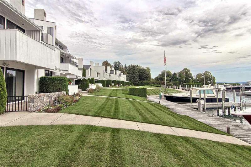 526 E Bay,  Harbor Springs, MI 49740 by Harbor Sotheby'S International Rlty - Harbor Sprgs $995,000