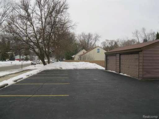 27634 5 Mile Rd,  Livonia, MI 48154 by Remerica Hometown One $250,000