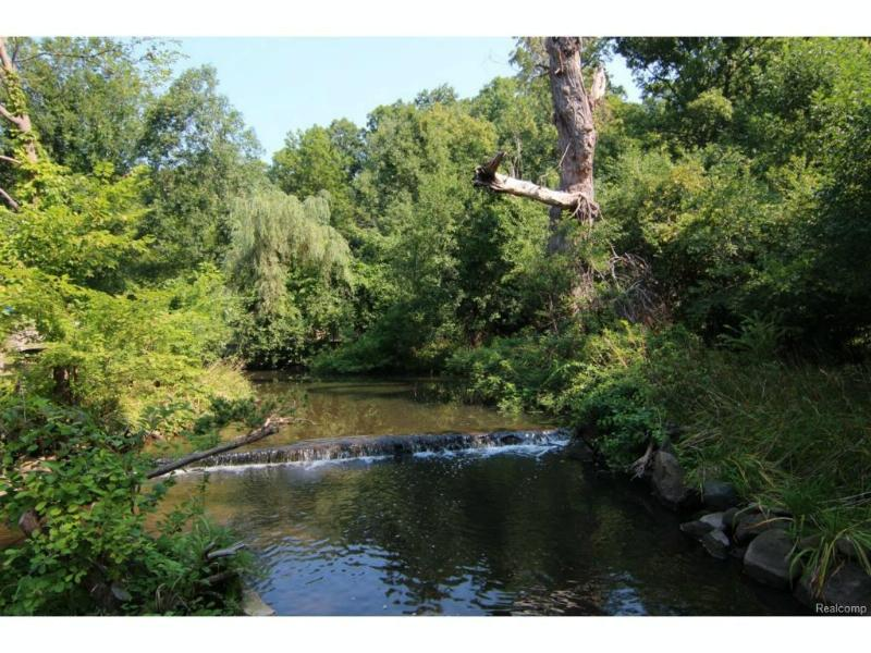800 Cranbrook Rd,  Bloomfield Hills, MI 48304 by Shain Park, Realtors® $5,000,000