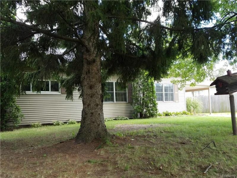 1120 Williams St,  Vassar, MI 48768 by J Mcleod Realty Inc $91,200