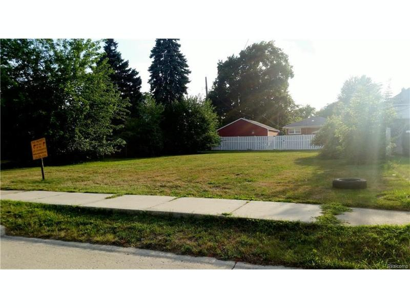 632 Garfield St,  Wyandotte, MI 48192 by Re/Max On The Boulevard $10,000