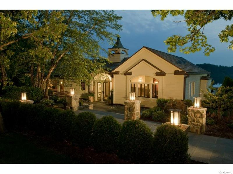 2623 Turtle Shores,  Bloomfield Hills, MI 48302 by Victor Properties, Inc $4,990,000
