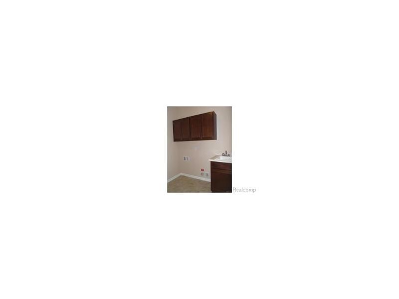 49961 Walter Crt,  Shelby Township, MI 48317 by Lombardo Realty $259,570