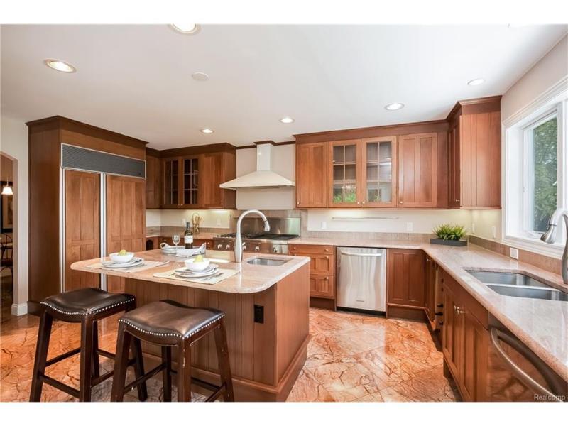 3423 CHICKERING Lane Bloomfield Township, MI 48302 by Keller Williams Domain Birmingham $1,799,500