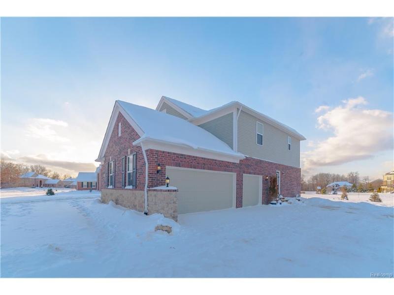 3204 Woodview Cir,  Lake Orion, MI 48362 by Re/Max Encore $439,900
