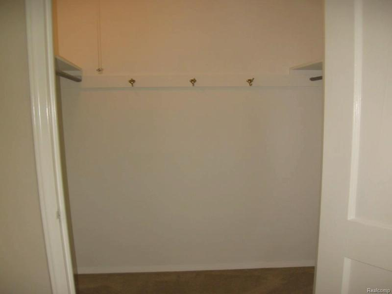 1011 N Old Woodward Ave,  Birmingham, MI 48009 by Coldwell Banker Weir Manuel-Bir $1,675