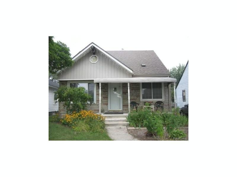 8620 Saratoga St,  Oak Park, MI 48237 by Lex Realty, Llc $99,000