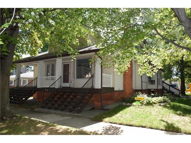 363 Sycamore St,  Wyandotte, MI 48192 by Century 21 Riverpointe $199,900