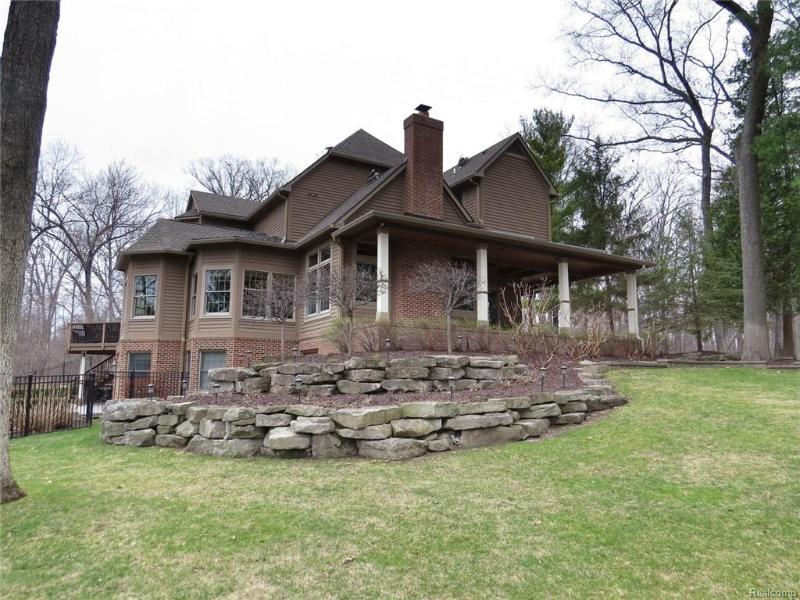 9662 Cross Creek,  South Lyon, MI 48178 by Charles Reinhart Co $999,000