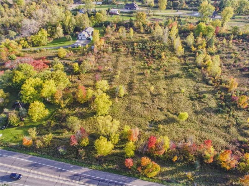 51511 Eight Mile Rd,  Northville, MI 48167 by Remerica Integrity Ii $250,000