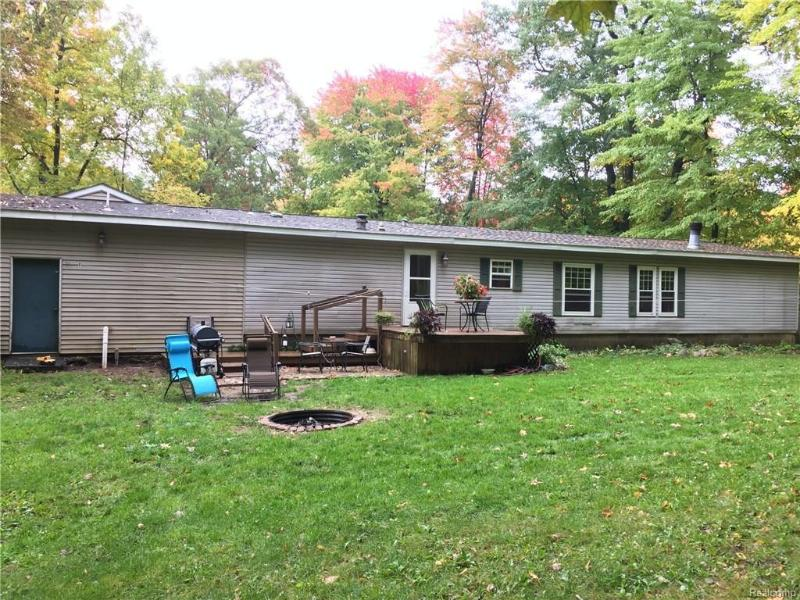 4455 Ormond Rd,  Davisburg, MI 48350 by Century 21 Town & Country-Clar $169,900
