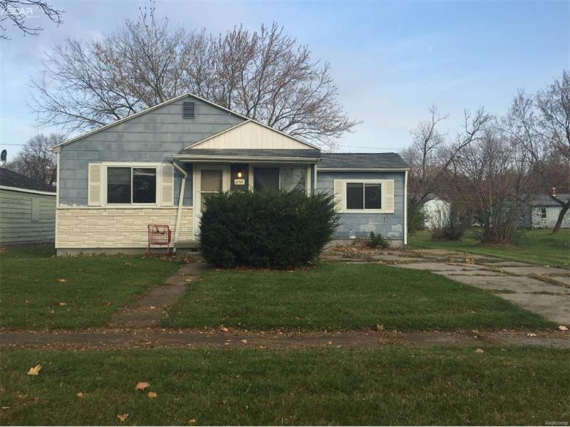 1705  Polly St,  Flint, MI 48505 by First Americorp $7,900