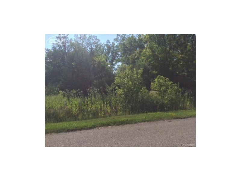 2737  Timber Lane Dr,  Flushing, MI 48433 by Inca Realty Llc $59,900
