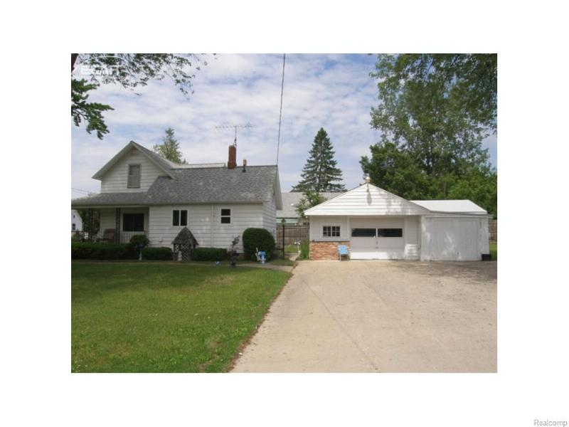 423 W Belle Ave,  Saint Charles, MI 48655 by Remax Tri County $66,900
