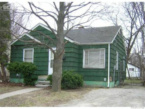106 E Home Ave,  Flint, MI 48505 by Remax Real Estate Team $5,100