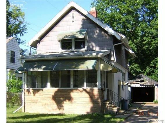 2313  Proctor Ave,  Flint, MI 48504 by Remax Real Estate Team $5,500