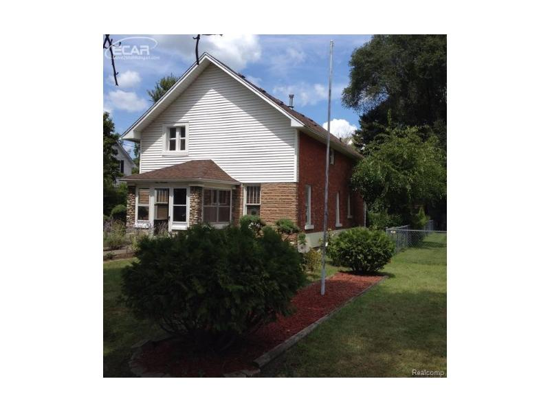 113 E State St,  Montrose, MI 48457 by Century 21 Woodland Realty $96,000