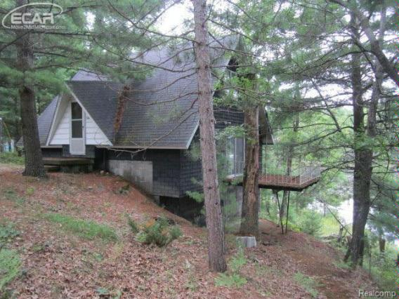3401  Horseshoe Lake Rd,  West Branch, MI 48661 by Andrea J. Borrow $69,900