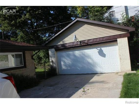 1613  Linwood St,  Flint, MI 48503 by Mary Taylor Realty $83,000